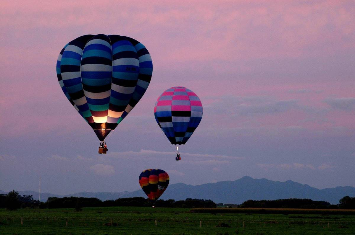 Balloons over Waikato is a colourful five-day event held each March in Hamilton.